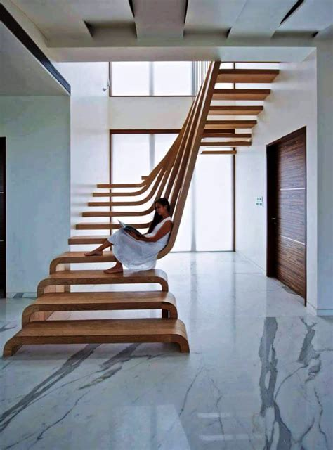 DIY Wooden Stair Decor